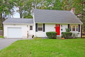 89 Londonderry Road Framingham-small-001-Front-666x443-72dpi